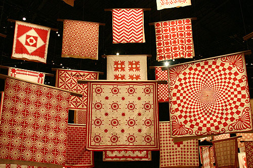 Infinite Variety - 650 Red and White Quilts